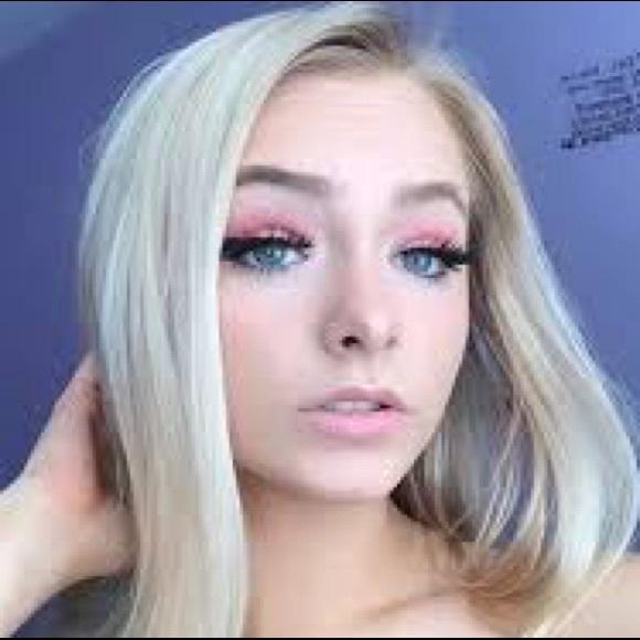 Zoe Laverne S Closet Perfect Lips27 Poshmark